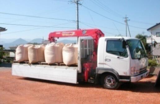 フレコンパックをトラックでお届け